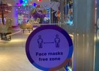 royal-face-mask-free-zone